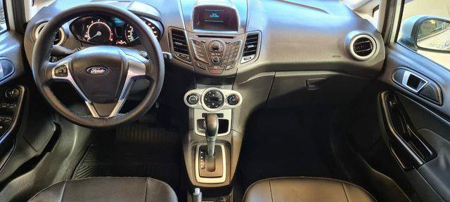 Ford New Fiesta SEL 1.6 Automático vendo troco e financio R$  - Foto 9