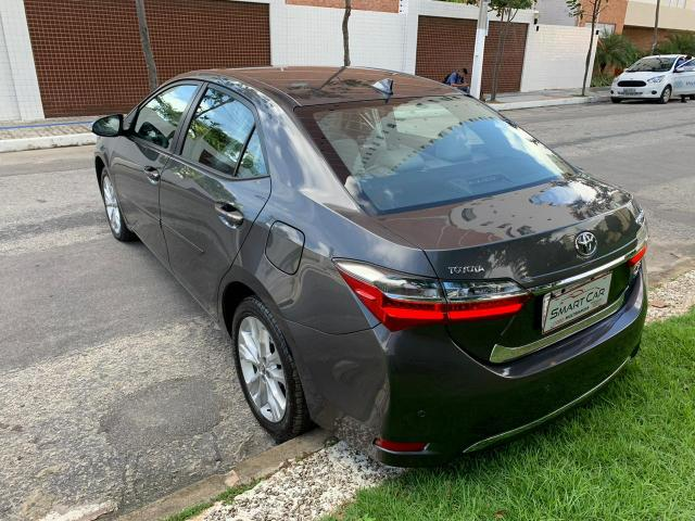 Toyota Corolla Xei cinza aut 2018 27.000km - Foto 2