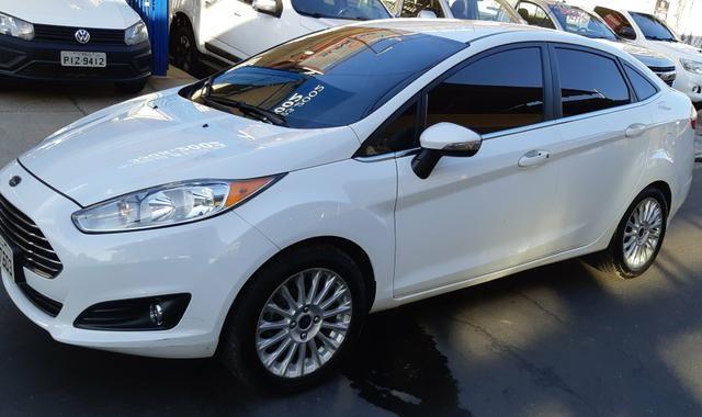 Ford fiesta titanium 2013/14