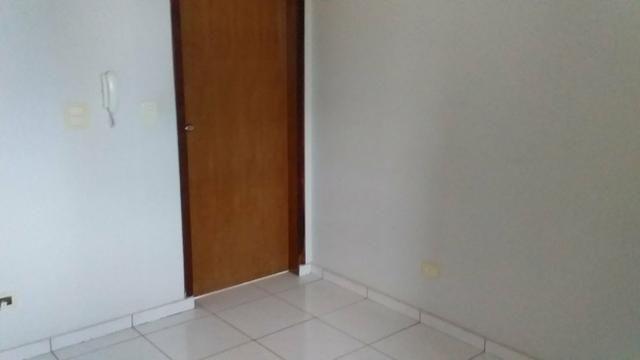 Alugo apartamento próximo a UEM - Foto 3