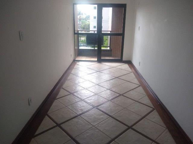 Apartamento com 3 dormitórios sendo 1 suíte, lazer completo, Aterrado! - Foto 13