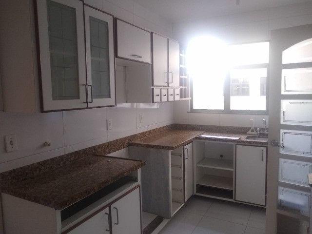 Apartamento com 3 dormitórios sendo 1 suíte, lazer completo, Aterrado! - Foto 19