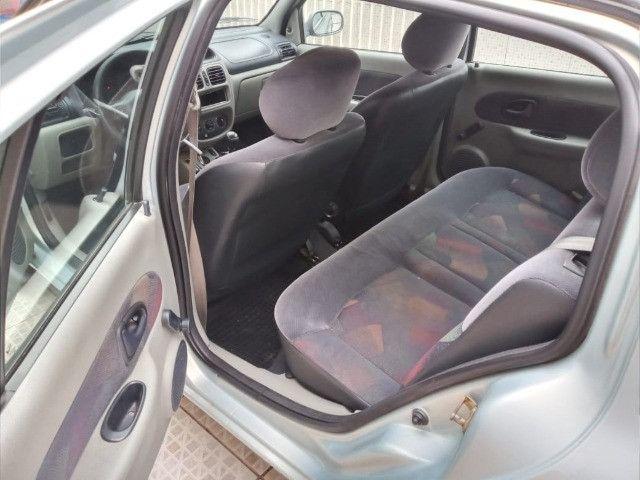 renault sedan 2005 completo 1.0 ( ou troco moto acima 2015 bx km )  - Foto 5