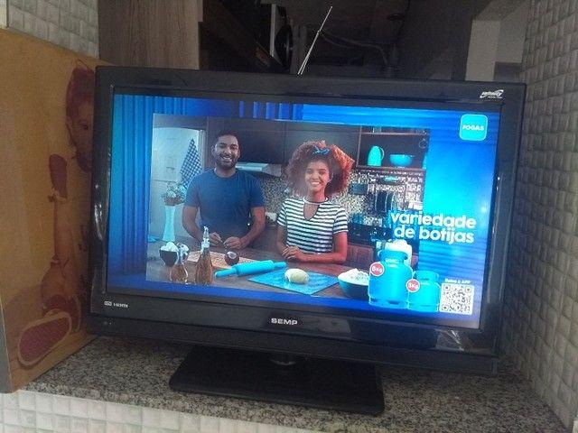 """Tv 32"""" LCD Semp Toshiba LC3245 c/ entradas HDMI - Foto 6"""