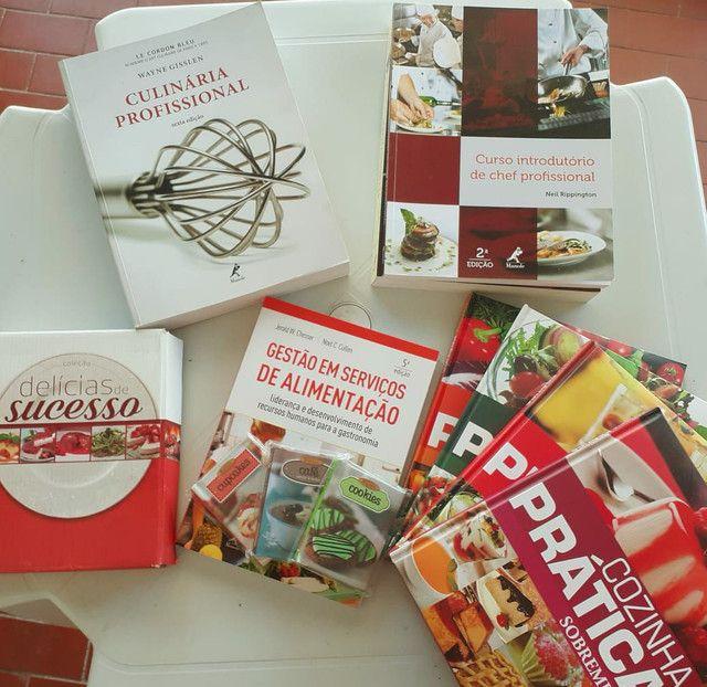 Kit de livros culinários da editora Mundial