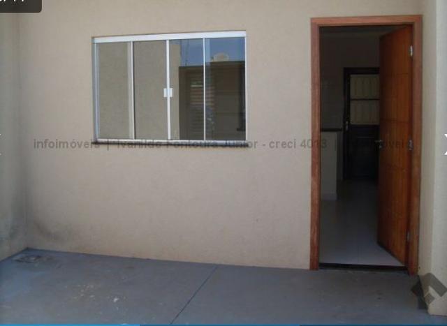 Casa Bairro Nova Lima rua Randolfo Lima quase esquina com rua gualter Barbosa 02 quartos