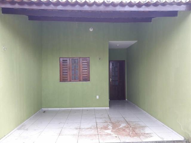 Casa financiada com 02 quartos em Maracanaú