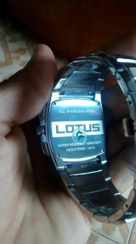 Relógio novo numca usei original marca lotus