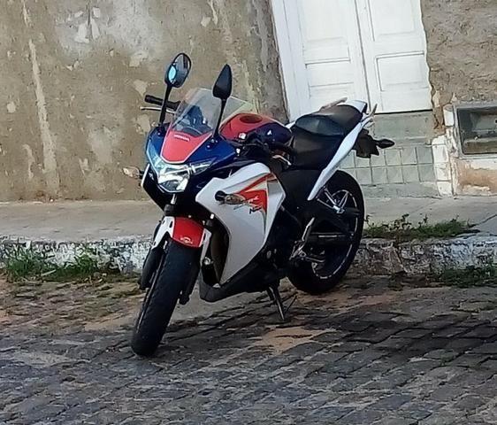 Honda CBR250r Tricolor - Foto 2