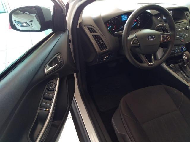 Ford Focus 2.0 Se Sedan 16V 4P Automatico - Foto 12