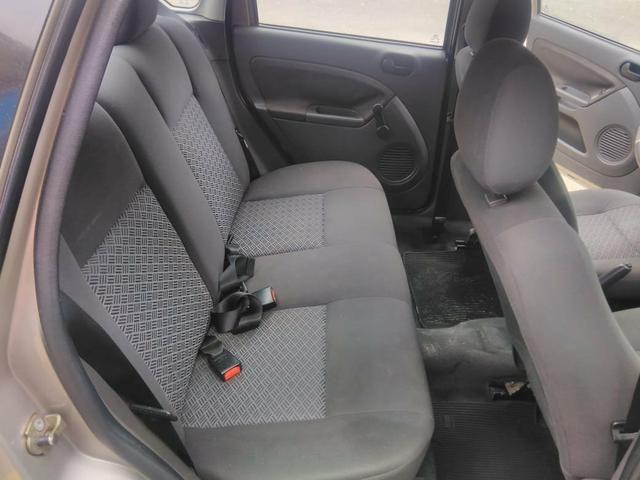 Vendo Fiesta Sedan 1.6 2007 flex falar Elcio Cel - Foto 6