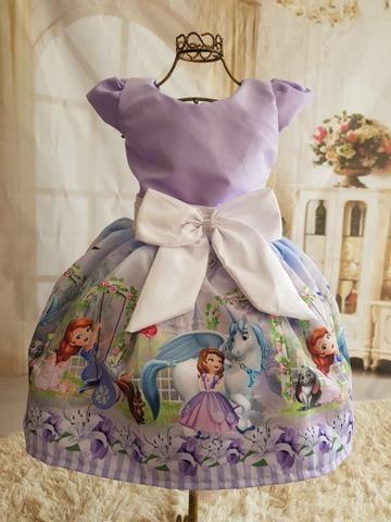 908a87b54 Lindos vestidos temáticos Apronta entrega - Artigos infantis - Raiar ...