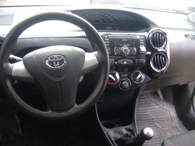 Toyota Etios 1.3 x 2014/2014 3519-1102 Simone - Foto 10