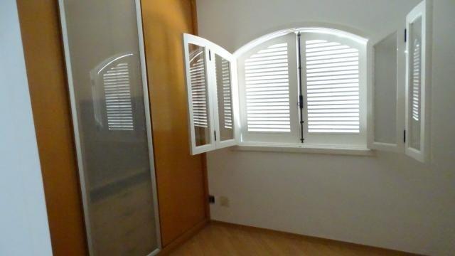 Alugo belíssima casa 4 dorm. condomínio Vila Nova Granja Viena - Foto 10