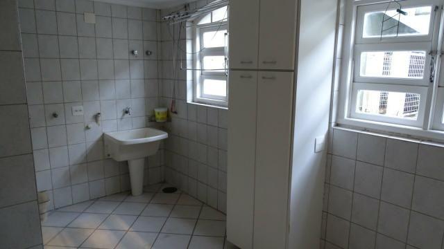 Alugo belíssima casa 4 dorm. condomínio Vila Nova Granja Viena - Foto 14