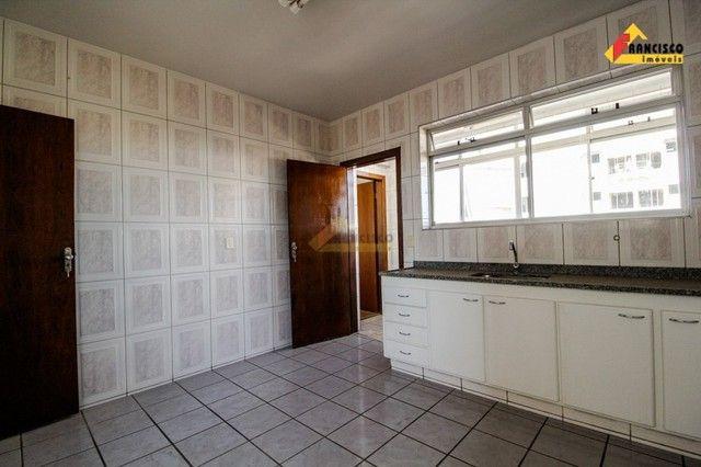 Apartamento para aluguel, 3 quartos, 1 suíte, 1 vaga, Santo Antônio - Divinópolis/MG - Foto 19