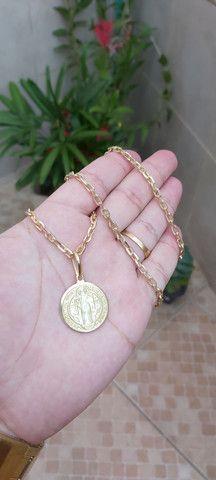 Vendo corrente em moeda antiga com pingente de brinde