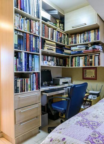 Estante para livros e escritório