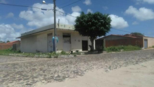 Ponto Comercial, e uma casa, em lotes de 20 x 33,75m, Bairro D. João
