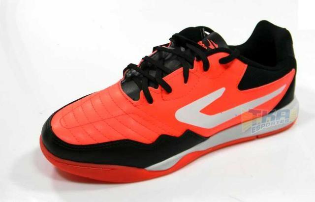 Tenis Futsal Topper Dominator TD Coral tamanho adulto - Esportes e ... 9a92b1bd5d33c