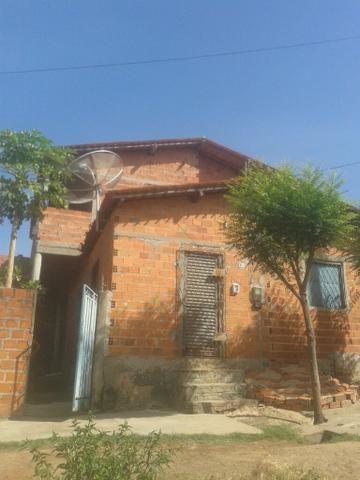 Prédio/2 casas
