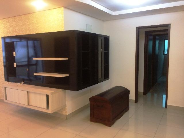 Apartamento com 3 qtos sendo 2 suítes em Lagoa Nova