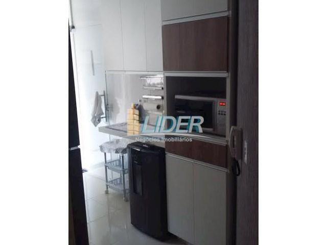 Apartamento à venda com 3 dormitórios em Lagoinha, Uberlândia cod:17876