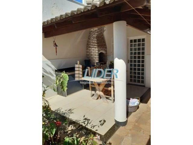 Casa à venda com 3 dormitórios em Jardim holanda, Uberlândia cod:23822 - Foto 2