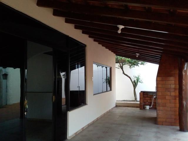 Alugo ótima casa contendo 4 quartos, prox Universidade Pacífico nova - Foto 5