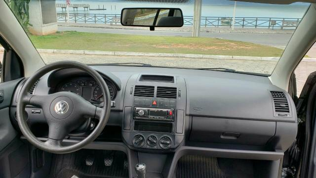 VW Polo sedan 1.6 - Foto 6