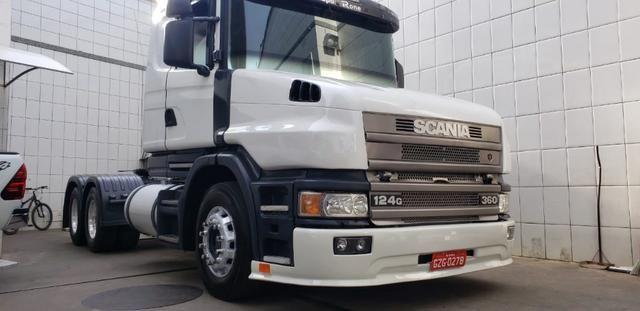 Scania 124G. 360 (Jacare)
