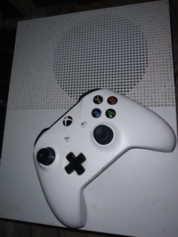 Xbox one s com 1tb