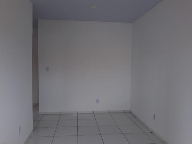 Aluga-se casa 2 quartos no portal do paço estrada de ribamar - Foto 5