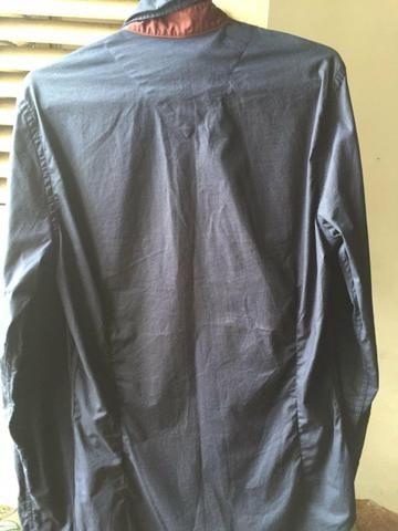 d611845473 Vendo uma camisa social azul marinho - Roupas e calçados - Cohab ...