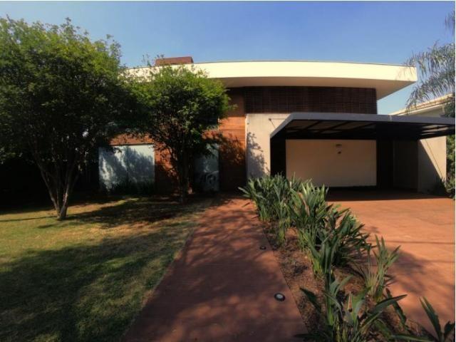 8477 | Casa à venda com 4 quartos em Londrina