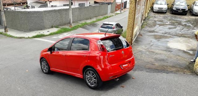 Fiat/ Punto sporting 1.8 2012 completo câmbio manual troco carro/moto - Foto 3