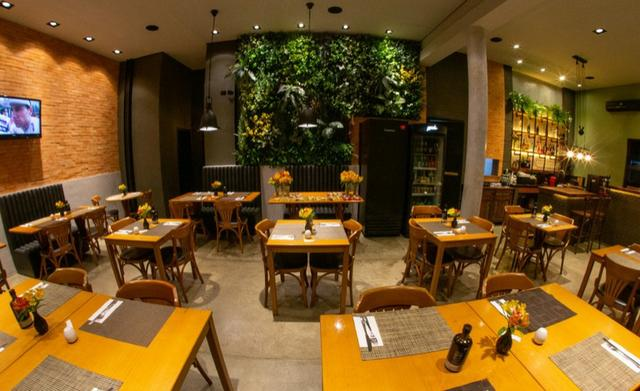 Restaurante e Pizzaria- Mercês - - Foto 3