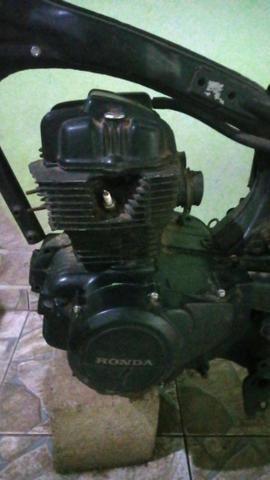 Motor cb 400 ano 83 com nota fiscal - Foto 2