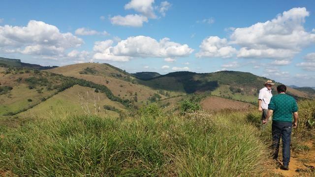 Terreno em granjeamento vendo /troco - Foto 6