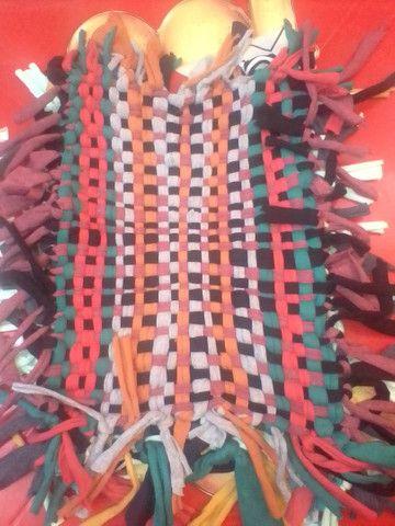 Tapetes artesanais tecidos a mão