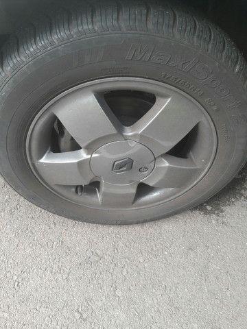 Vendo roda 14 liga leve  sem pneus  - Foto 2
