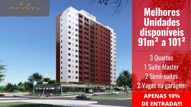 Apartamento Impecável, 3 Quartos Grandes, Sala Ampla, Lavabo e 2 Vagas - Foto 16