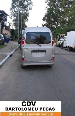 Peças Sucata Towner Van 2009 - Foto 3