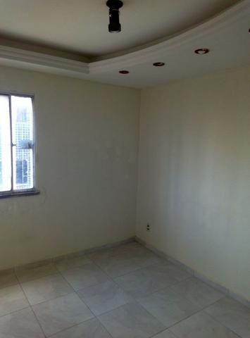 Apartamento 3 quartos, 1 suíte, 90 m² em Candelária.