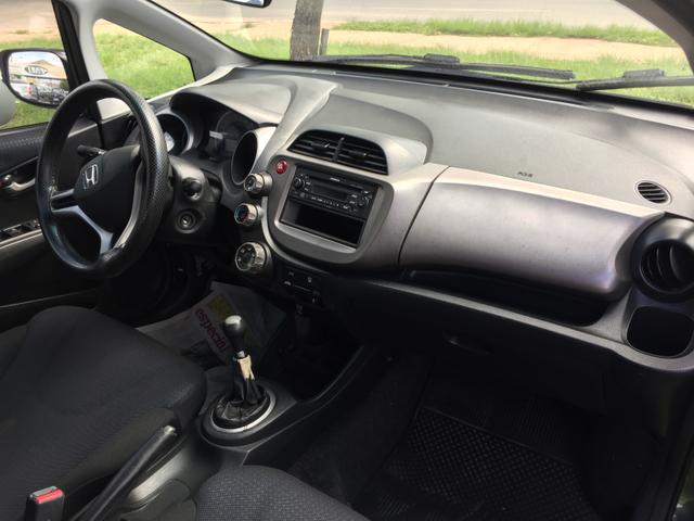 Vendo troco ou financio Honda fit - Foto 2