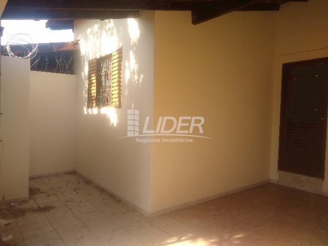 Casa para alugar com 3 dormitórios em Planalto, Uberlândia cod:863301 - Foto 4