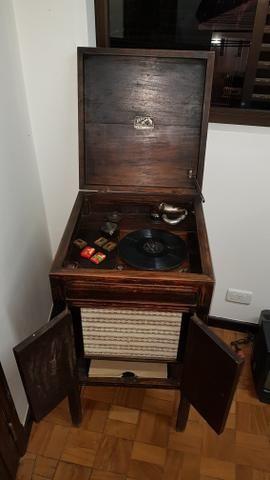 Vitrola Grafonola RCA Victor à Manivela