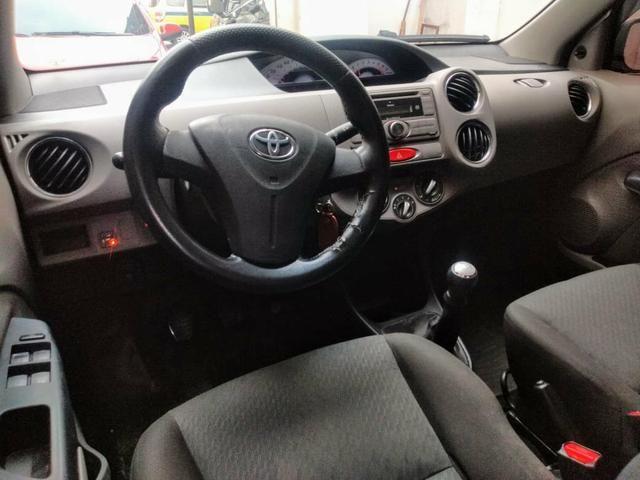 Toyota étios 27900 entrada 8mil parcelas de 469 entrada de 5mil parcelas de 698 - Foto 5