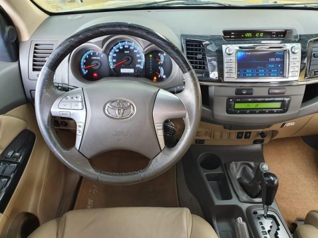 TOYOTA HILUX SW4 SRV 3.0 4X4 7L AUTOMÁTICO - Foto 10