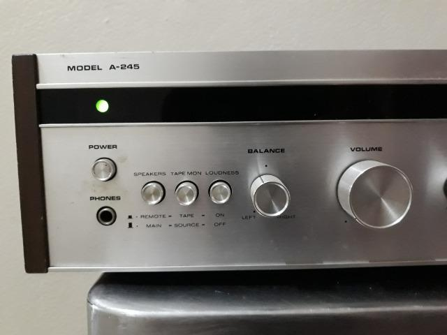 Amplificador Superscope / Marantz Model A-245 - Foto 2